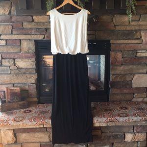 Enfocus Studio Dresses - NWOT Enfocus Studio Black and Gold Cocktail Dress